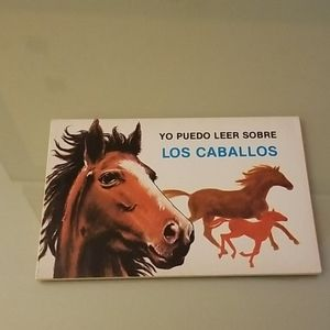 Paperback spanish children's book.